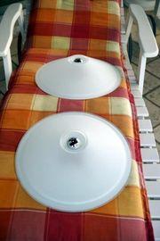 2 Deckenleuchten aus Opalglas - wunderschön -