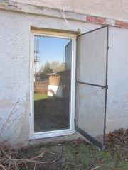 Brennholz Altholz Bretter Fenster Kunststofffenster