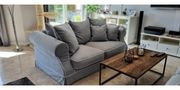 Polstersofa s in Light Grey