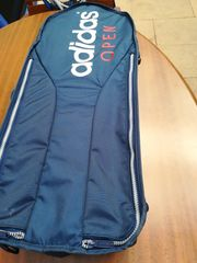 Adidas Tennistasche sowie 3 Tennisschläger