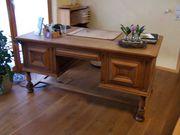 massiver dekorativer Eichen-Schreibtisch