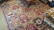Wohnzimmerteppich mit orientalische Design 350