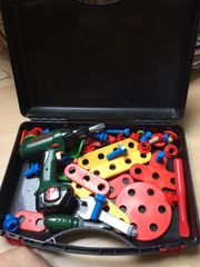 Werkzeugkoffer Kinder m Bosch Akkuschrauber