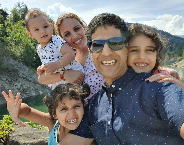 fünf köpfige Familie sucht eine