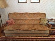 Couchgarnitur bestehend aus Couch und