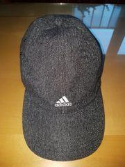 Schildkappe von Adidas
