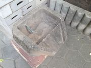 Brunnenstein Überlaufstein mit Schlauchanschluß für