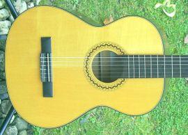 Gitarren/-zubehör - Verkaufe schöne 3 4 Konzertgitarre