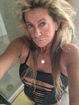 Escort-Damen - Escort Lady Gina 45 Jahre