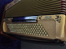 Akkordeon Accordiola Piano V Italia: Kleinanzeigen aus Daun Pützborn - Rubrik Tasteninstrumente