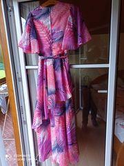 Cooles Kleid 70er Jahre