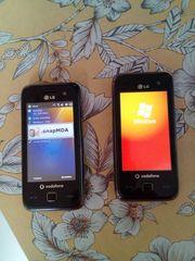 Zwei Handys LG