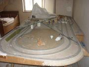 Eisenbahnplatte mit Schienen