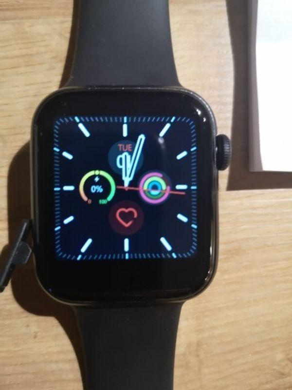 Smartwatch mit OV wie neu