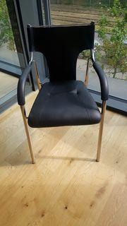 Stühle Armlehnen stapelbar