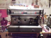 Café Profi-Maschine Nuova Simonelli mit