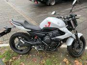 Yamaha XJ6 Motorrad Naked Bike