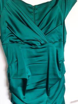 Smaragdgrünes Cocktailkleid 1x bei der: Kleinanzeigen aus Herzogenaurach - Rubrik Festliche Abendbekleidung, Damen und Herren