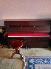 Klavier YAMAHA PIANO