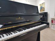 Steinway Sons Klavier - schwarz poliert