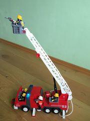 Playmobil Feuerwehr Leiterfahrzeug mit Licht