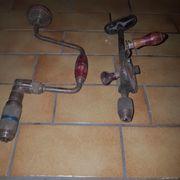 Werkzeug 2 Handbohrer Schrauben
