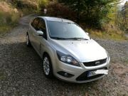 Ford Focus 1 6 101PS
