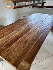 Massiv Holztisch
