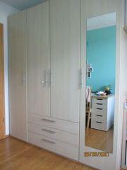 Kleiderschrank 4 Türen mit 3