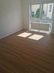 Komplett renovierte 3 Zimmer Wohnung