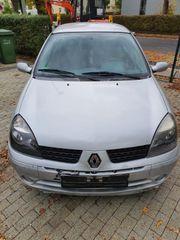 Renault Clio 1 2 16V
