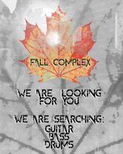 Fall Complex sucht Gitarre Bass