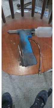 Gesipa Werkzeug Druckluft Nietgerät