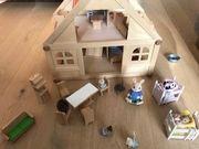 Puppenhaus mit viel Zubehör Möbeln