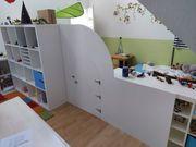 Trennwand für Kinderzimmer mit Mäusetür