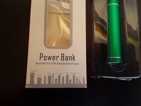 Neue Power Bank wie abgebildet