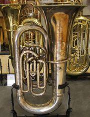 Boosey Hawkes kompensierte Es Tuba