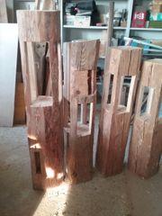 Holzlaternen aus alten Balken