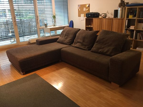 Moderne Wohnzimmer Couch, Sofa mit Recamiere aus Wohnungsauflösung ...