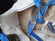 Splitt mit Sand zum verschenken