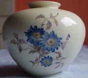 Vase mit Blumenmotiv Weimar Porzellan