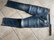 2 neue Jeans 44 32