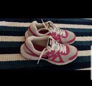 Nike Schuhe 38