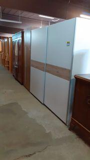 Kleiderschrank mit Schwebetüren 220x230x62 modern -