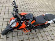 KTM DUKE 125 - inkl kostenloser
