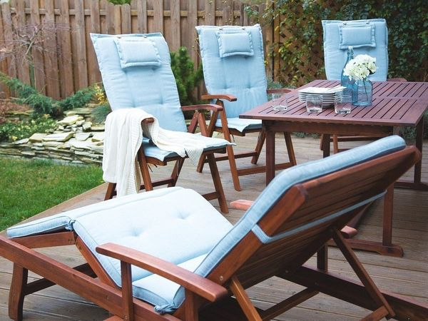 Gartenliege holz mit auflage  Gartenliege Holz mit Auflage hellblau rollbar TOSCANA. Beliani in ...