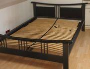 Bett schwarz 140x200