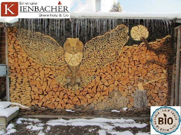 Baierbrunn Umgebung trocknes Scheitholz Kaminholz