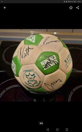 Fanartikel - Fußball mit Unterschriften Werder