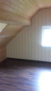 Dachgeschosswohnung mit Fernblick zu vermieten